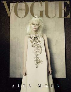 Vogue Italia Alta Moda by Paolo Roversi