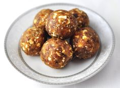 Easy road trip snack recipes for kids. This collection includes healthy, sweet and savory snack recipes. Peanut Recipes, Baby Food Recipes, Indian Food Recipes, Snack Recipes, Cooking Recipes, Sweet Recipes, Easy Recipes, Dessert Recipes, Easy Homemade Snacks
