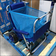 Beach-Lounger Combo-Cart Pallet Display