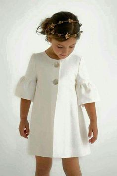 Ideas fashion kids dress jackets for 2019 Little Girl Fashion, Fashion Kids, Modern Fashion, Vintage Fashion, Women's Fashion, Little Girl Dresses, Girls Dresses, Baby Dress, The Dress