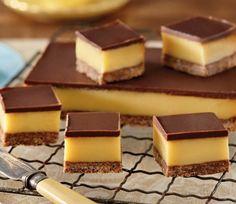 au/recipes/show/dark-chocolate-caramel-slice Köstliche Desserts, Delicious Desserts, Dessert Recipes, Homemade Caramel Recipes, Chocolate Caramel Slice, Chocolates, Baking Recipes, Sweet Recipes, Bonbon