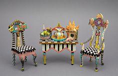 Good Sam Showcase of Miniatures: An der Show - Möbel und Gemälde