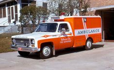 Baltimore City, MD FD Old Ambulance 9 - 1973 Chevy/Swab.