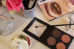 City Girl Vibe Bodyography Quad eyeshadow palette #makeup #pallete #beauty #blog #blogger #makeuppalette #makeupbrush