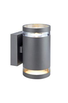 Markslöjd Iris- seinävalaisin ulkokäyttöön. Jauhemaalattumia alumiinia, PC-detaljit. 2 x 5 W:n kiinteä LED-lamppu (ei voi vaihtaa), 827 lumenia, 3000K. 100° säteilykulma. Kaksi lamppua, jotika valaisevat alaspäin. Maadoitettu. Asennuksen saa suorittaa vain ammattitaitoinen sähkömies. IP44. Pituus 10,2 cm, leveys 13,8 cm, korkeus 18,5 cm. 5 W, Iris, Bearded Iris, Irises