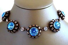 LOVELY UNIQUE LATE VICTORIAN PASTE CLOSED BACK CHOKER NECKLACE