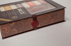 Brix Chocolate for Wine 4-pc Tasting Party Gift Set. Kosher.http://shop.brixchocolate.com/Brix-4Piece-Tasting-Party-Gift-Set-with-Cutting-Board-and-Knife/p/BRIX-002427&c=BrixChocolate@Gifts