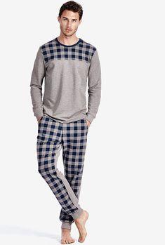 Men's Long-Sleeve Checked Pyjamas i Mens Night Suit, Mens Pjs, Mens Pyjamas, Mens Sleepwear, Men's Loungewear, Lingerie Sleepwear, Barefoot Men, Boys Pajamas, Lakme Fashion Week