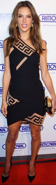 Who made  Alessandra Ambrosio's black dress that she wore in New York on October 28, 2014