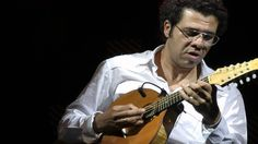 Hamilton de Holanda, amazing solo by one of the best bandolim players in...