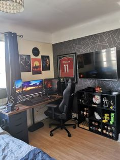 Gamer Bedroom, Bedroom Setup, Room Design Bedroom, Boys Bedroom Decor, Bedroom Layouts, Room Ideas Bedroom, Home Office Setup, Home Office Design, Office Ideas