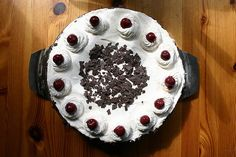 Schwarzwälder Kirsch Torte | PONS MASSIVE VEGAN FOOD BLOG