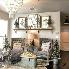 farmhouse decor diy are offered on our site. Check it out and you wont be sorry you did. Home Living Room, Living Room Designs, Living Room Decor, Rustic Decor, Farmhouse Decor, Modern Farmhouse, Farmhouse Style, Antique Farmhouse, Antique Wall Decor