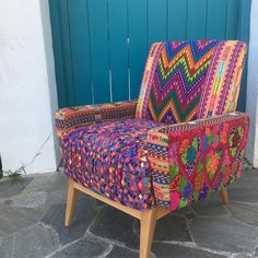 """875 Me gusta, 29 comentarios - Folkproject Merijam Roelofs (@folkproject) en Instagram: """"New rainbow Marcela chair available upholstered with Guatemalan and Mexican huipiles. DM if you are…"""""""