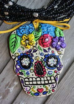 Dia de los Muertos Ivory Sugar Skull  $44.95  http://www.giddyupglamouronline.com/catalog.php?item=6963