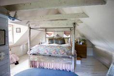 Beautiful girl's bedroom #loft #woodbeams #woodfloors  Wapiti Ranch - Montana Ranches For Sale | Fay Ranches http://fayranches.com/ranches-for-sale/montana/wapiti-ranch-victor-mt