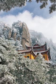 Winter in Jiuhua Shan, Anhui, China