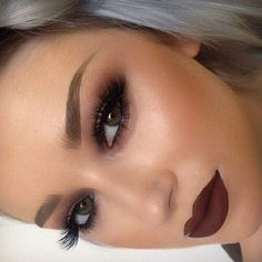 Love her makeup..