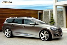 Now that is a BAD looking Volvo V60 DRIVe concept. From 10/2010