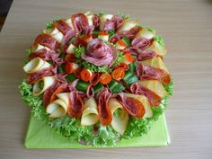 Vegetable Cake, Vegetable Snacks, Meat Appetizers, Appetizer Recipes, Entree Festive, Deco Buffet, Appetizer Buffet, Charcuterie, Food Garnishes