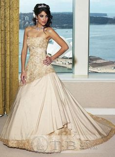 A Luxury Champagne Line Wedding Dress