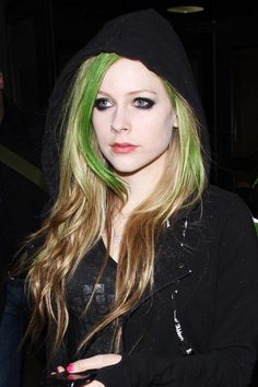 avril-lavigne-hair-30