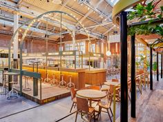 Studio Modijefsky champions the multifunctional for a hybrid hospitality venue - News - Frameweb Industrial Bedroom, Industrial Living, Industrial Farmhouse, Modern Industrial, Industrial Furniture, Industrial Table, Industrial Wallpaper, Industrial Closet, Industrial Shop