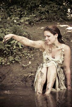 trash the dress - woods