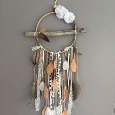 Dream catcher / dreamcatcher / dream catcher with driftwood, feathers and wood beads Diy Projects To Try, Craft Projects, Dreams Catcher, Los Dreamcatchers, Diy And Crafts, Arts And Crafts, Yarn Wall Hanging, Boho Room, Weaving Art