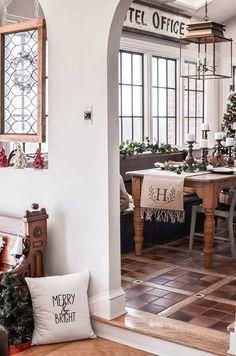 Farmhouse Burlap Table Runner Farmhouse Style Wedding