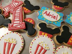 Mickey mouse 1sr birthday cookies  #carinaedolce www.carinaedolce.com www.facebook.com/carinaedolce Cookie Favors, Birthday Cookies, Sugar Cookies, Mickey Mouse, Facebook, Party, Desserts, Food, Cookies
