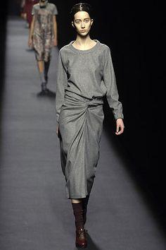 Dries Van Noten Fall 2007 Ready-to-Wear Fashion Show - Alana Zimmer (Elite)