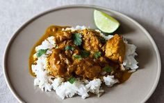 Are looking for a nice diet of chicken curry? Here are some of the best 3 chicken curry recipes you may want to eat it. Indian Food Recipes, Asian Recipes, Healthy Recipes, Easy Recipes, Indian Foods, Cheap Recipes, Creamy Chicken Curry, Cream Chicken, Coconut Chicken