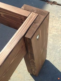 56 Latest and Fresh DIY Wood Pallet Ideas ~ grandes.site 56 Latest and Fresh DIY Wood Pallet Ideas ~ grandes. Pallet Furniture, Furniture Projects, Furniture Plans, Rustic Furniture, Luxury Furniture, Furniture Websites, Furniture Market, Modern Furniture, Outdoor Furniture