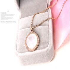 a65155eb316c Titanium Steel Mother of pearl Shell Pendants   Necklaces Jewelry collier  femme Gold Color Heart Chain