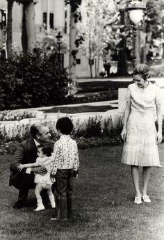 Shah, Farahnaz, Crown Prince, Queen, Sa`dabad, 1963