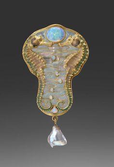René Lalique - Sea Horse Brooch 1902 - 1905. Gold, opals, oriental pearl, enamel. | Virginia Museum of Fine Arts