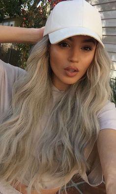 @bg_iris blonde on fleek