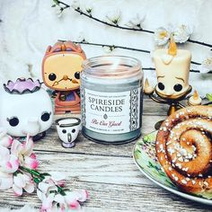 Who's your fave sidekick from Beauty and the Beast?  Be Our Guest is spiced soufflé and delicate French pastry deliciousness!  Warm spicy sweet and utterly scrumptious   Enchanting photo from @martha_lostinpages  Tag us @spireside for a chance to be featured!    #spireside #spiresidecandles #beautyandthebeast #beourguest #disneymusic #disneyinsta #instadisney #disneyworld #wdw #wdwbde #disneygram #disneygrammer #featuremydisney #disneypics #disneyphoto #disneyphotography #disneylove…