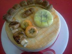 Pasteleria deNaranjo. Torta decorada con la típica fritanga colombiana hecha toda en mazapan