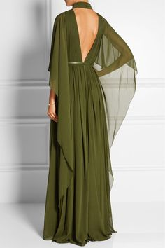 Elie Saab - Cape-effect silk-chiffon gown Elie Saab, Monica Vinader, Green Gown, Green Silk, Evening Dresses, Formal Dresses, Looks Chic, Chiffon Gown, Maxi Dresses