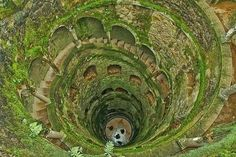 Que segredos esconde o poço iniciático da Quinta da Regaleira?