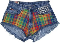 The sale is manually altered denim shorts in the Scottish edition. The only existing copy. High-waisted shorts. Shredded, pulled. On the front page of colored grille. The back longer, covering the...