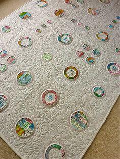 porthole quilt ... OMG!! Stunning!!