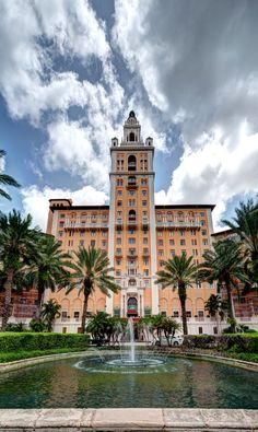 perfect wedding venue, the Biltmore hotel, Coral Gables, Miami, FL. This is a grand venue !