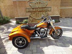 2015 Harley-Davidson® FLRT - Freewheeler™ Stock: D7104A | Bruce Rossmeyer's Harley-Davidson®
