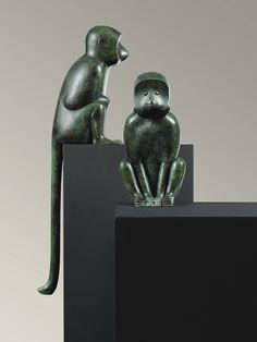 François-Xavier Lalanne (1927-2008) - Singes II, 1999 Paire de sculptures en bronze à patine verte. Clementi Fondeur (76 x 16 x 18 cm)