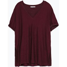 Zara T-Shirt With Slits ($20) ❤ liked on Polyvore featuring tops, t-shirts, shirts, tees, burgundy, zara top, burgundy t shirt, slit shirt, purple tee and purple top