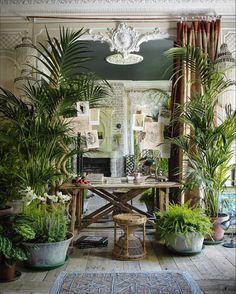 > Inspiration - Appartement de Sera Hersham-Loftus dans le quartier de Little Venice à Londres.⠀ ⠀ > Inspiration - Sera Hersham-Loftus's appartment in Little Venice in London.⠀ ⠀ #sessun #inspiration #homeinterior #seraoflondon #housestyling #plants #love