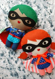 Super Hero Soft Toy tutorial by Lisa Tilse via http://qualitysewingtutorials.blogspot.com